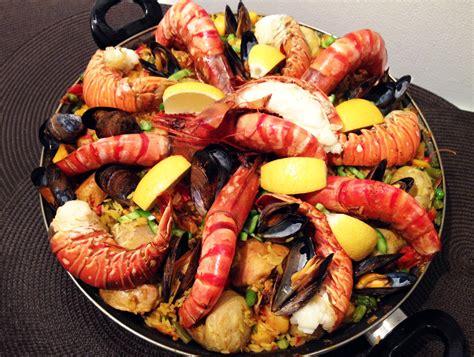 cuisiner des fruits de mer paella au lapin la recette facile par toqu 233 s 2 cuisine