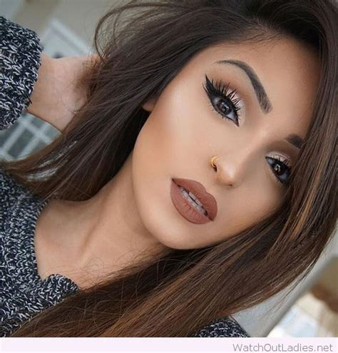 hair and makeup ideas awesome brown hair and make up love her golden detail