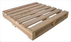 build a compost bin with shipping pallets