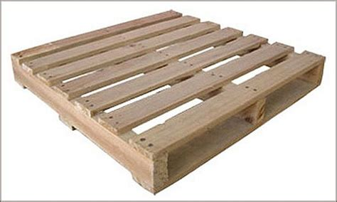 Shipping Pallet build a compost bin with shipping pallets