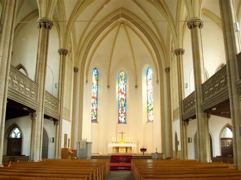 kirche innen file martin luther kirche innen jpg wikimedia commons