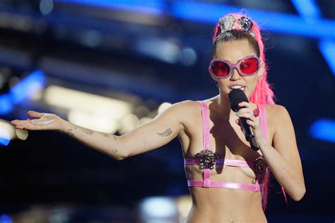 miley cyrus suffers wardrobe malfunction at mtv vmas cbs