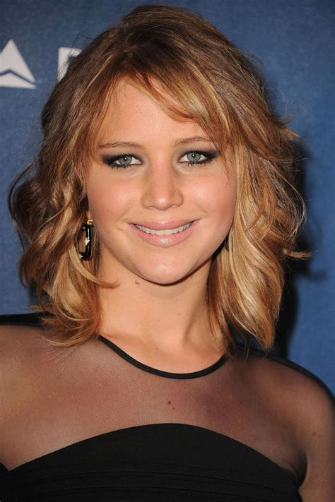 neck length haircut side view best 25 neck length hairstyles ideas on pinterest bob