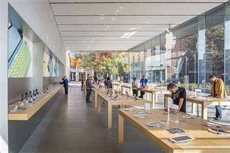design center at the avenues gallery of stanford apple store bohlin cywinski jackson 5