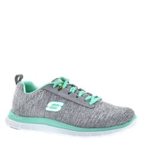 Sepatu Skechers Memory Foam Get A Spectrum Of Color And Comfort With The Skechers