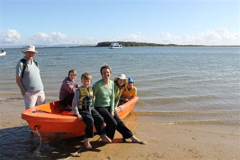 dinghy houseboat 17 best images about sceneries coomera houseboats on