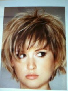 hair style angled toward face here s the front view of this sassy style on christina