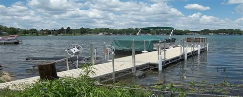 boat lifts for sale wi newville marine newville marine dock lift sales and