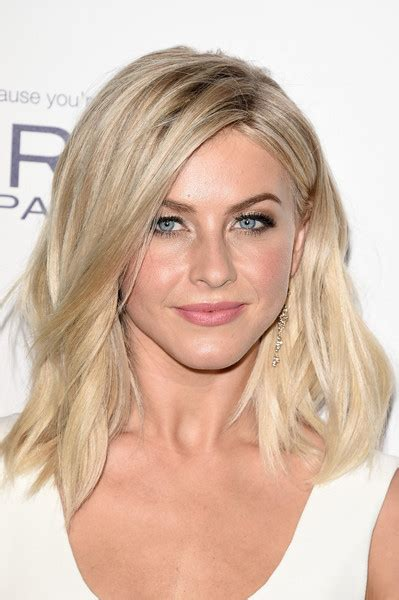 how to make hair like julianne hough julianne hough medium wavy cut shoulder length