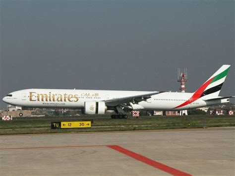 emirates yangon emirates inaugura la nuova rotta per yangon e hanoi ttg