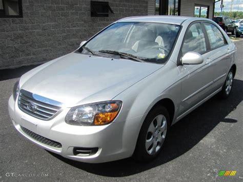 2009 Kia Spectra Ex 2009 Bright Silver Metallic Kia Spectra Ex Sedan 32269346