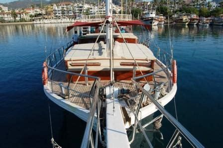 u boat octave charpentes et bois marine octave yachts 2003 occasion