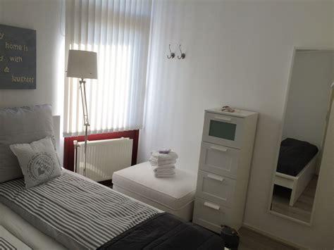 schlafzimmer doppelbett ferienhaus homezone aquaronde 86 ijsselmeer lemmer