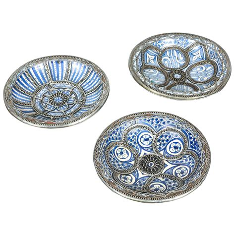 Moroccan Decorative Wall Plates by Set Of Three Moroccan Ceramic Plates From Fez At 1stdibs
