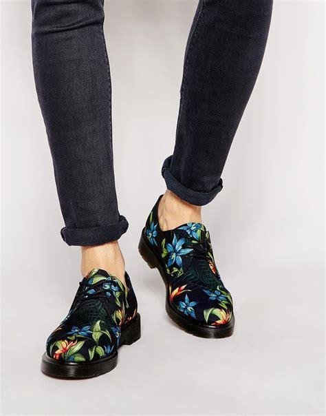 flower pattern doc martens dr martens hawaiian print lester shoes men men men