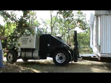moving a mobile home the way