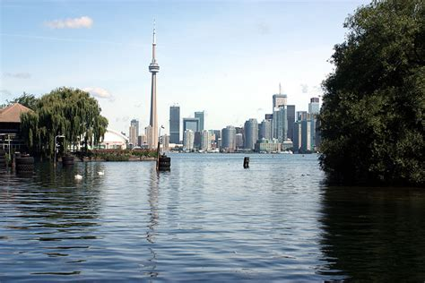 cn tower toronto centre island a view on downtown toronto photos canada n10011