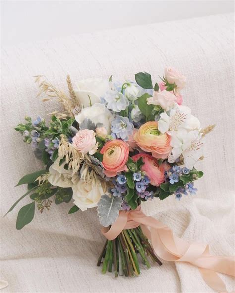 Flowers Used In Wedding Bouquets by Bridal Bouquet Inspiration Mon Cheri Bridals