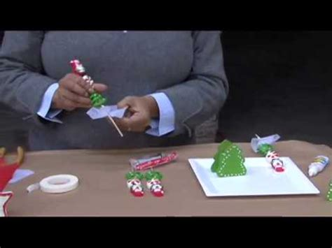 árbol de navidad con dulces c 243 mo decorar de un 225 rbol miniatura navide 241 o con dulces