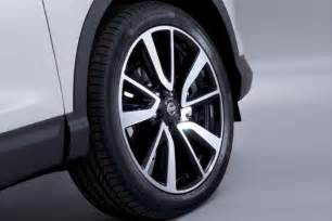 Nissan Alloy Wheels New 2014 Nissan Qashqai Pictures Auto Express