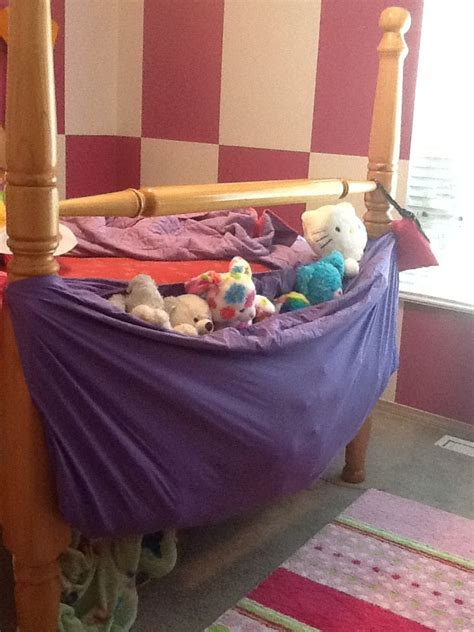 Bed Sheet Hammock by Repurpose A Fitted Sheet Into A Stuffed Animal Hammock