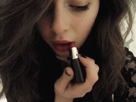 make up fashion gif   find amp share on giphy