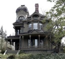 Victorian Gothic Homes by Gothic Victorian Victorian Houses Pinterest