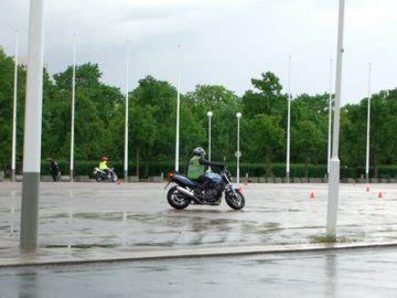 Motorrad Autoführerschein by Motorrad Roadedu