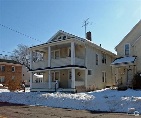 houses for rent lorain county 1301 w 5th st lorain oh 44052 rentals lorain oh apartments com
