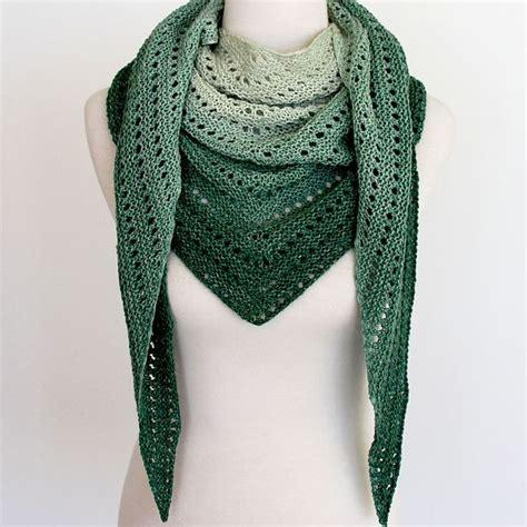 easy shawl d haja 25 best ideas about shawl on pinterest crochet shawl
