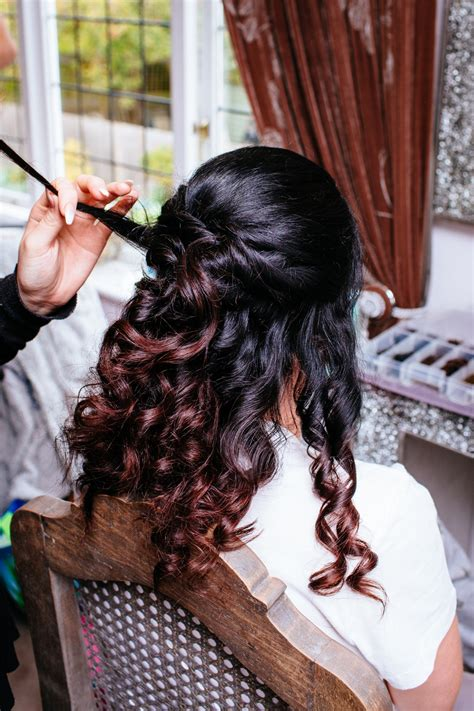 Wedding Hair And Makeup Artists Surrey by Kailee S Wedding At Russets Chiddingfold Surrey Wedding