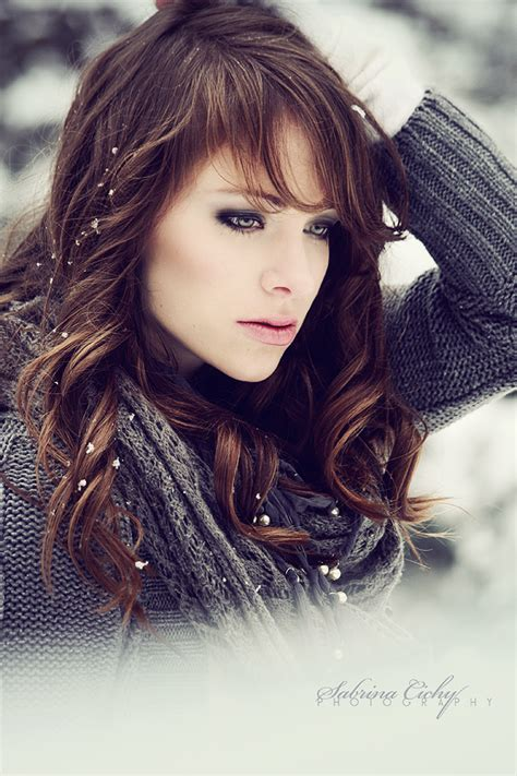 girl with brown hair in snow anna blackthorn the rebellious a roleplay on rpg