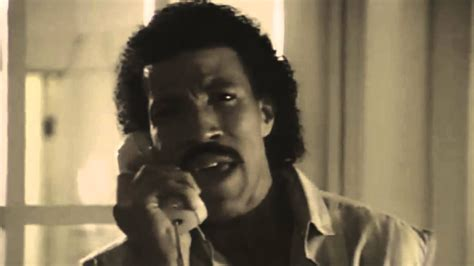 Kaos Lionel Richie Hello 05 adele is a fatass with a bad voice