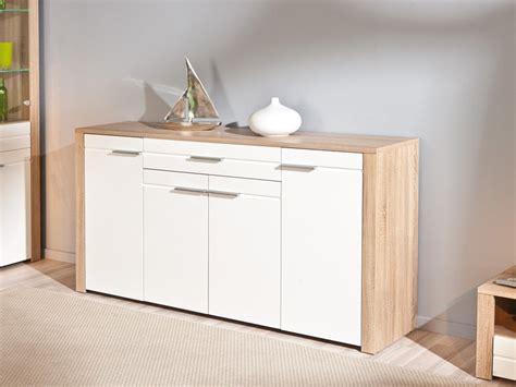 mueble de salon en roble  frentes en blanco de alto brillo