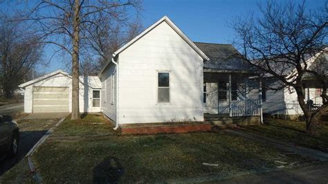 houses for sale clinton mo clinton missouri mo for sale by owner missouri fsbo home in clinton mo s 5th st