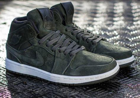 Sneaker Casual Pria Adidas Gragon Black Original Premium air 1 mid nouveau quot sequoia quot sneakernews