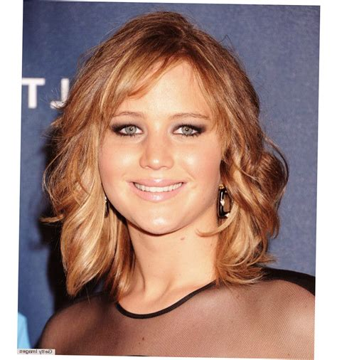 haircut for big cheekbones hairstyles with cheeks 25 best ideas about face framing