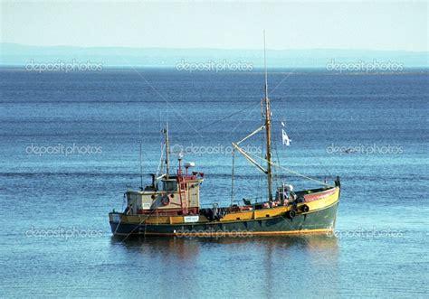 small fishing boats new pin by adenaj design on airships inspiration fishing