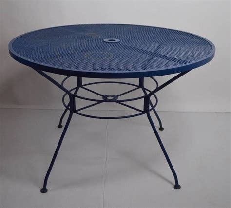 Sale Circular Mesh Top by Modernist Woodard Iron Dining Table For Sale At 1stdibs