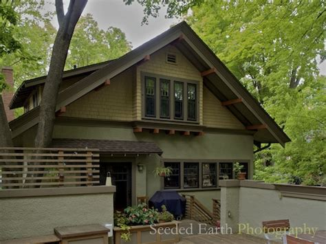 A Craftsman Bungalow Seeded Earth Photo | a craftsman bungalow seeded earth photo
