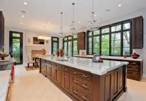 photos of luxury home kitchens by heritage luxury builders