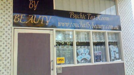 psychic tea room i found a psychic tea room 初めてのブリスベン生活