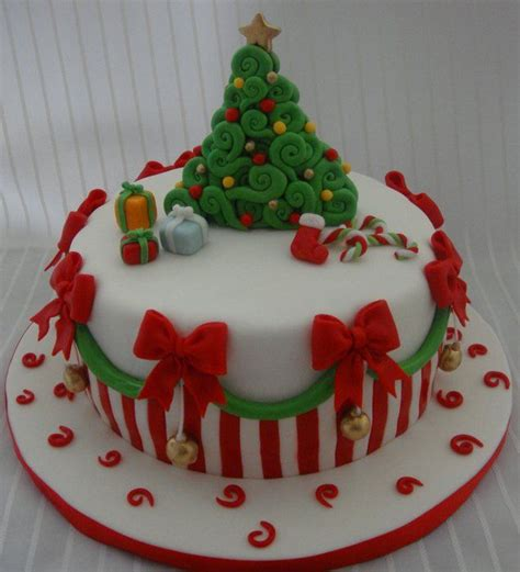 56 best christmas cakes images on pinterest christmas