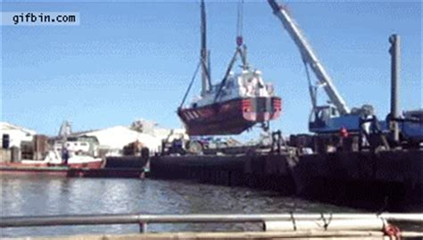 boat crash in topic fail stomme plaatjes topic