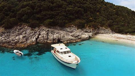luxe motorjacht huren luxe motorboot huren in griekenland
