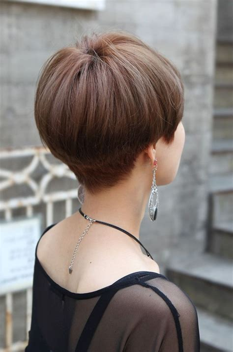short hair cut pictures for hairstylist stylist back view short pixie haircut hairstyle ideas 35