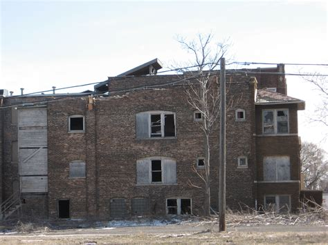 House Apartments by File Abandoned Apartment House Jpg