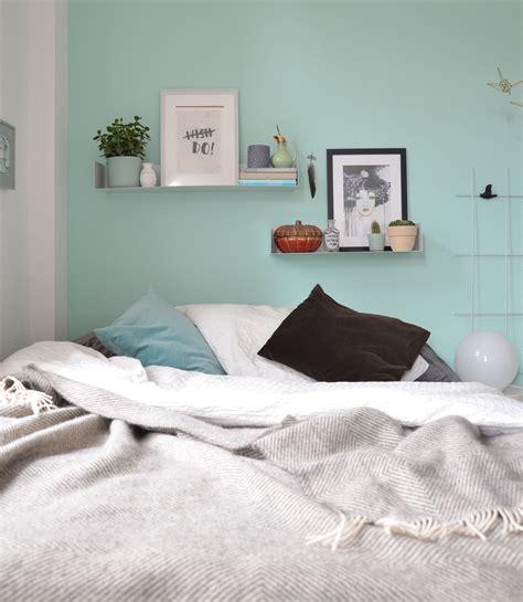 wandfarbe mint im schlafzimmer annablogie - Schlafzimmer Mint