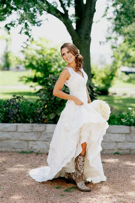 Wedding Dresses With Boots by Wedding Sundresses And Cowboy Boots Naf Dresses
