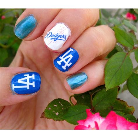 Dodger Sweatshirt Giveaway - 17 best images about la dodgers nail art on pinterest nailart my nails and dodgers